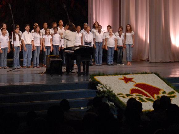 Interpretación del Coro Nacional Infantil