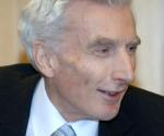 Lord Martin John Rees durante la inauguración del Año Internacional de la Astronomía en la sede de la UNESCO (enero de 2009). Foto: UNESCO