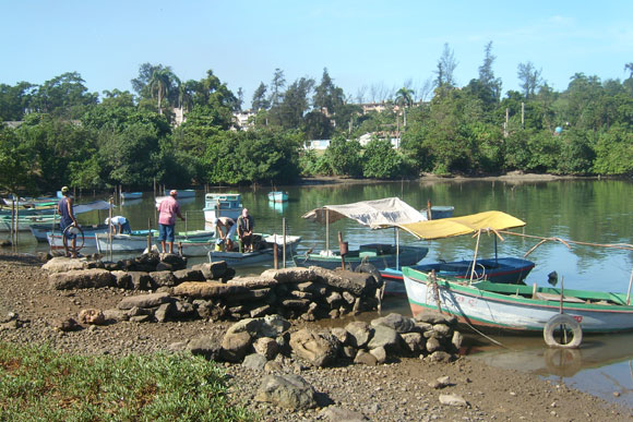Bahía de Nipe, Nicaro, Holguín
