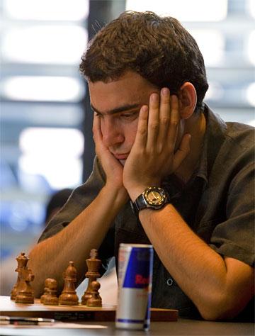 Una mala arrancada tuvo el Gran Maestro cubano Leinier Domínguez, en Moscú.
