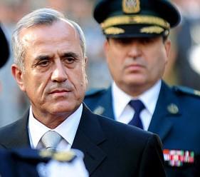 Rechaza presidente libanés renuncia de primer ministro