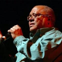 Pablo Milanés en el concierto en Santiago de Chile. (Foto: El Mercurio)