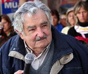 En el corazón de las masas, el poder real, dice Mujica