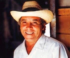 Recuerdan a músico cubano Polo Montañez en su tierra natal.
