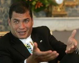 Presidente Correa reconoce humanismo y solidaridad de Cuba