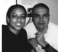 Yosvanis Valle y su esposa