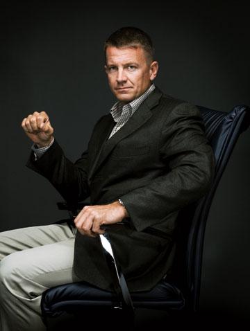 Erik Prince, fundadodr de la firma de securidad Blackwater, (recientemente renombrada como Xe), en su oficina de Virginia.Foto: Nigel Parry.