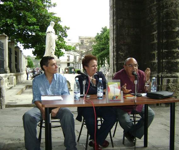 Sigfredo Ariel y Ciro Bianchi, en la presentación del libro.
