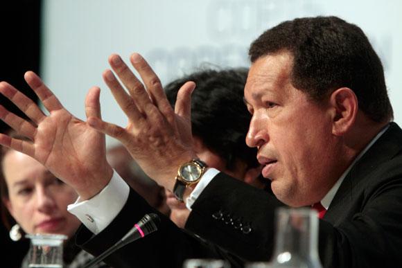 Chávez en la Conferencia de Prensa en Copenhagen