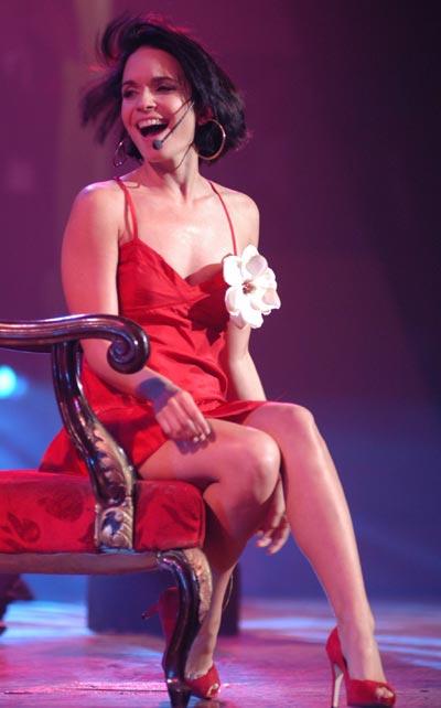 La Cantante Diana Fuentes actua durante la primera Gala de Premiaciones Lucas 2009