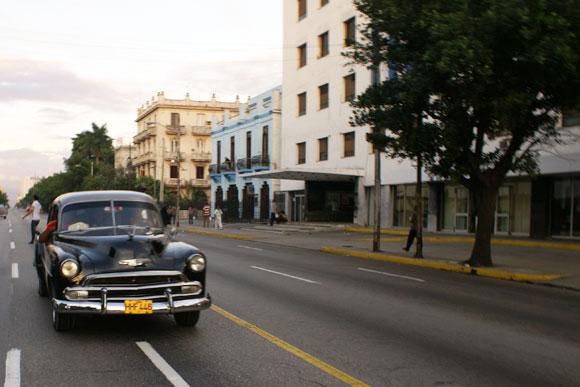 Esquina 23 y 12, Habana, Cuba