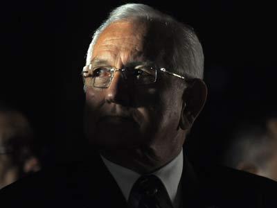 Funes rechaza la presencia de Micheletti en San Salvador