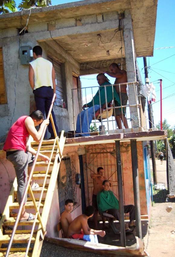 Por el pueblo rojo de Cuba