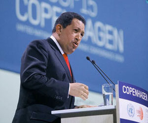Quitémosle el poder a las élites económicas, dice Chávez