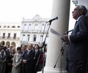 Eusebio Leal (D), Historiador de la Ciudad de La Habana, hace uso de la palabra en la inauguración del Planetario, en La Habana, Cuba, el 21 de diciembre de 2009. AIN FOTO/Abel ERNESTO