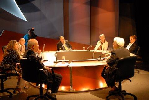 mesa-redonda-23-diciembre-2009-los-cinco