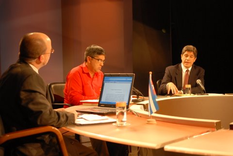 mesa-redonda_15-de-diciembre-2009-03