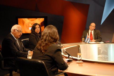 mesa-redonda_15-de-diciembre-2009-05