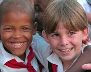 Vicepresidente cubano dialoga con diputados sobre Educación en el país