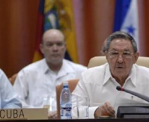 Intervención del presidente cubano Raúl Castro Ruz durante la inauguración de la Cumbre de la Alianza Bolivariana para los Pueblos de Nuestra América (ALBA) en el Palacio de Convenciones, en La Habana,Cuba, el 13 de diciembre de 2009. AIN FOTO/Roberto MOREJON RODRIGUEZ  Fecha: 13/12/09 Tamaño: T