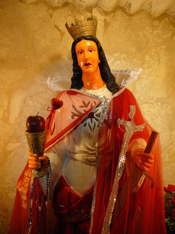 Velada de la Santa Bárbara según la religión afrocubana Palo en el Monte, en el barrio de Versalles, de la provincia de Matanzas