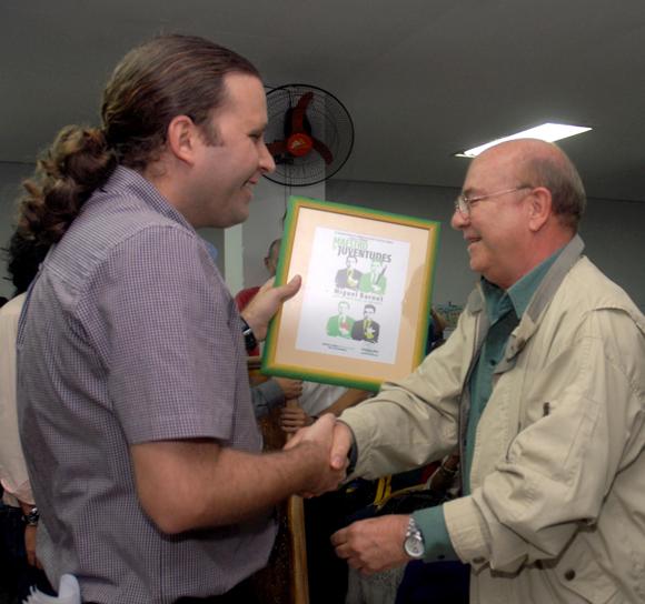 Premio Maestro de Juventudes a Miguel Barnet