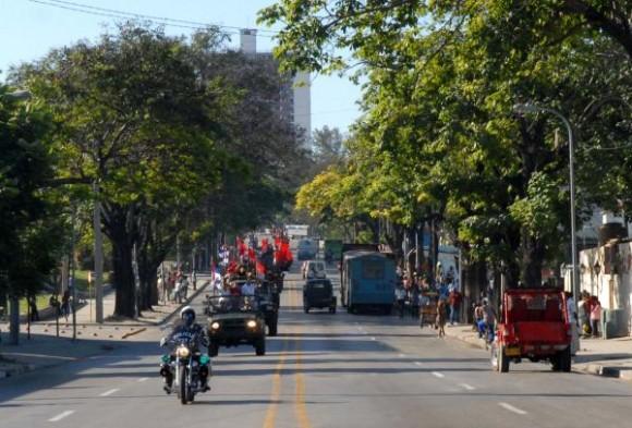 La Caravana de la Victoria partió desde el Palacio de Justicia de Santiago de Cuba rememorando los hechos del 2 de Enero de 1959, integrada por 51caravanistas en representación de los años que cumple la Revolución. 2 de Enero de 2010. AIN FOTO/ Miguel RUBIERA JUSTIZ