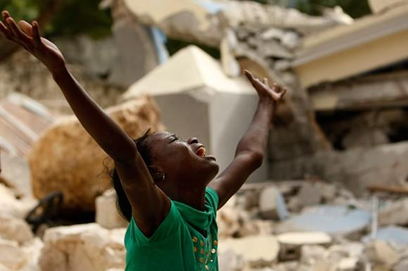 Desesperacion en Haití tras terremoto