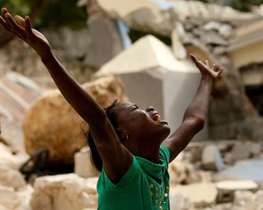 Poco a poco la prensa va abandonando Puerto Príncipe