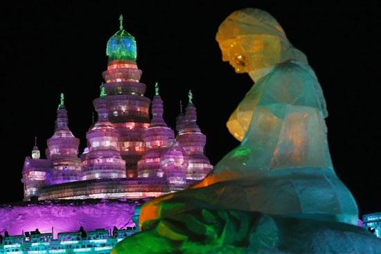 China espera un millón de visitas en festival de hielo más grande del mundo