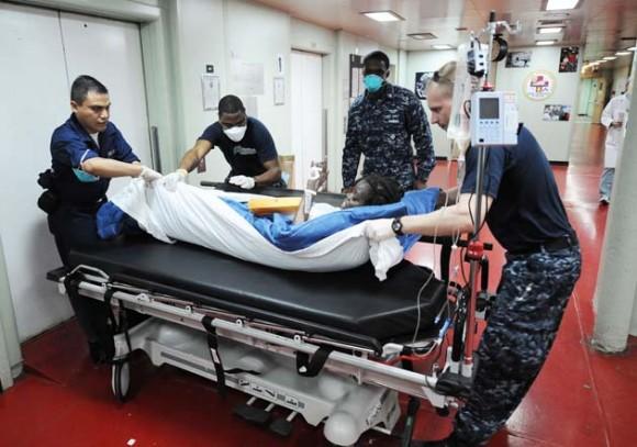 Haití, personal medico a bordo de Comfort. Foto:AFP