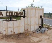 """Vista de la entrada del poblado costero """"La Coloma"""" del municipio de Pinar del Río, blanco frecuente de ciclones, luego de beneficios constructivos a sus edificaciones. AIN Foto: Abel Padrón Padilla"""