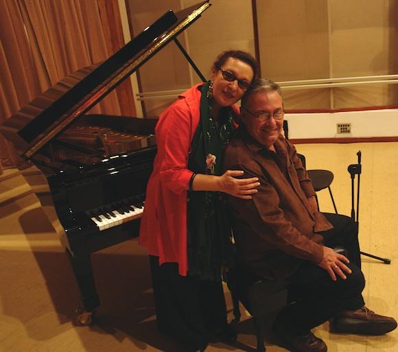 Martirio y José María Vitier en los Estudios Abdala. (Foto: Cubadebate)