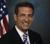 Russ Feingold, Senador demócrata contra Radio y TV Martí.