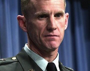 ¿Qué le ocurrió a McChrystal?