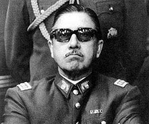 Estrenan hoy en Chile filme No, sobre la caída de Pinochet