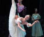 El Ballet de Camagüey, interpretando Giselle, en gala homenaje por el aniversario 160 del Teatro Principal y la semana de la cultura, en Camagüey, el 1 de febrero del 2010. AIN Foto: Rodolfo Blanco Cue