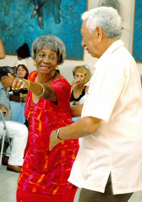 Se baila danzón en Cienfuegos