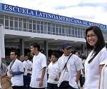 Estuadiantes de la Escuela Latinoamericana de Medicina