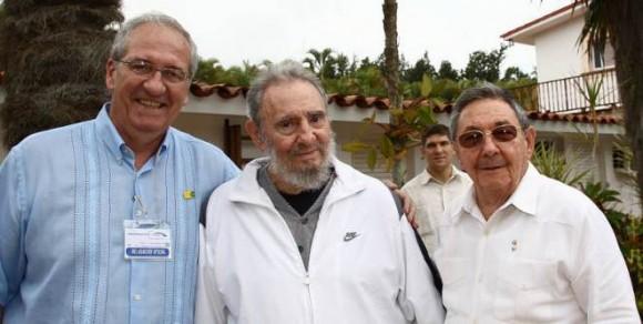 Ministro de Comunicación de Brasil, Fidel y Raúl.