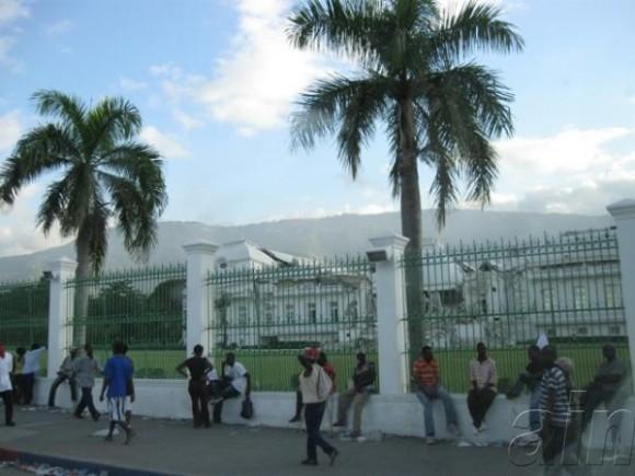 Vista del Palacio Presidencial, en Haití, a tres semanas del terremoto, el 1 de febrero de 2010. AIN FOTO/Armando PEÑA GUERRA