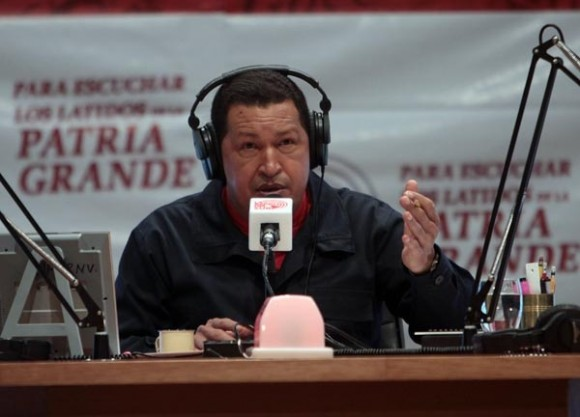 Hugo Chávez inaugura La Radio del Sur