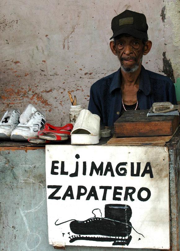 El zapatero del barrio