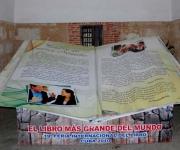 Con una envergadura de aproximadamente 3,80 por 3,50 metros, el libro más grande del mundo, de la Editorial Los Libros mas pequeños del Mundo, de Perú, será exhibido como parte del programa colateral de la XIX Feria Internacional del Libro, en el Parque Histórico Militar Morro-Cabaña, de La Habana, Cuba. AIN Foto: Omara GARCIA MEDEROS