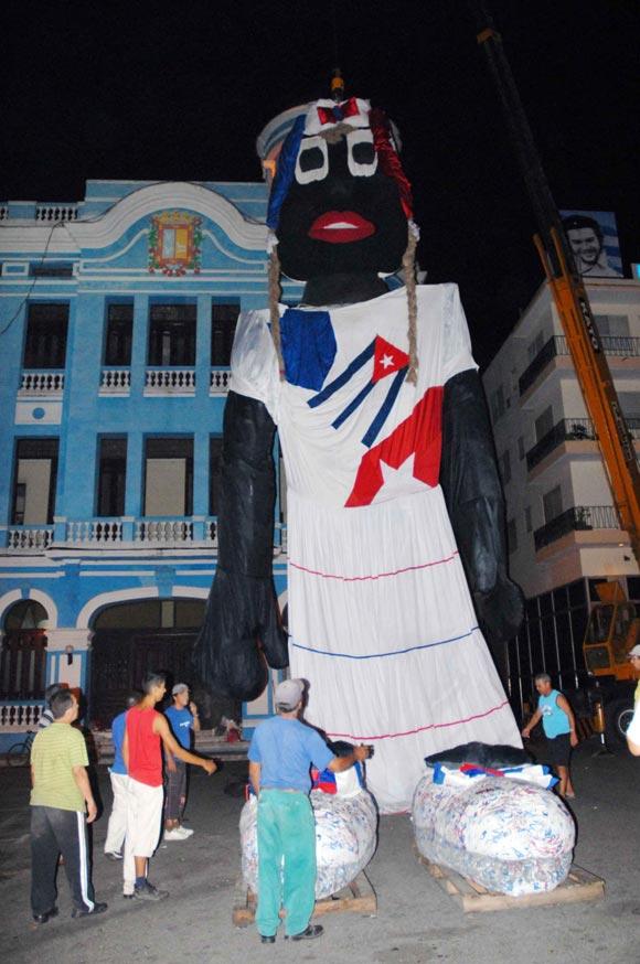 Muñeca de trapo cubana aspira al récord Guinnes de más