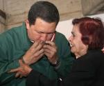 Ana María Zapata y el Presidente Chávez.