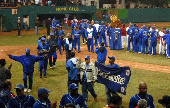 El equipo Industriales, gano 3x1 al equipo Habana