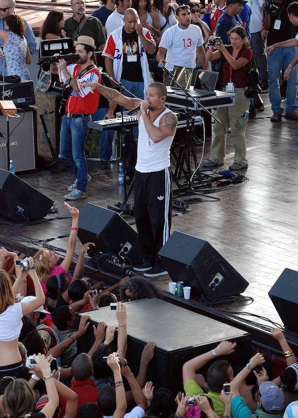 Calle 13 en concierto en la Tribuna Antimperialista de La Habana. Foto: Raúl Pupo