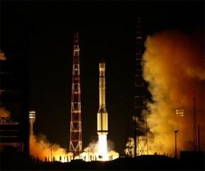 El cohete ruso 'Proton-M' despega con tres nuevos satelites para 'Glonass'