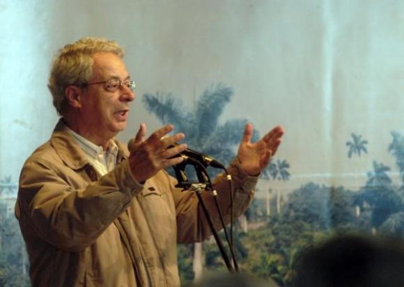 Frei Betto en el acto por el XX Aniversario del encuentro de Fidel con líderes religiosos